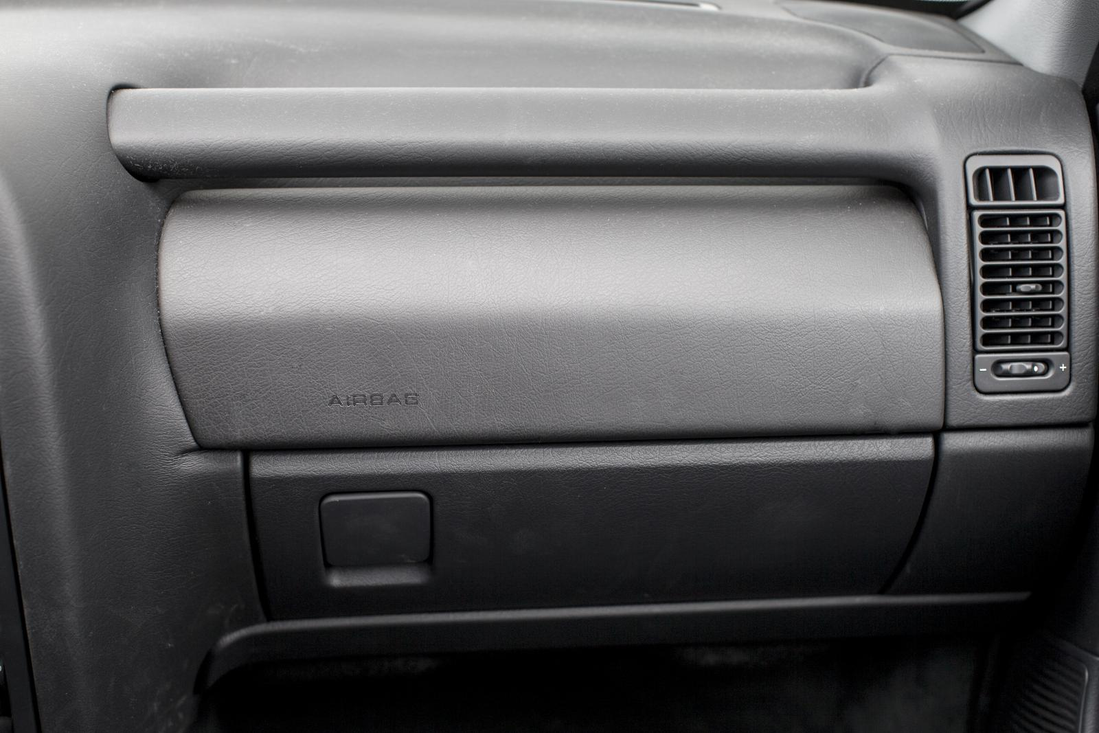 Xantia glove box