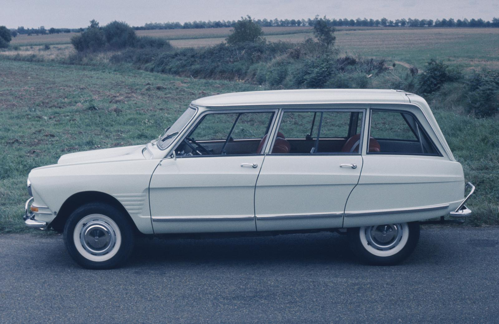 Ami 6 Club Station-wagon (luxury line)