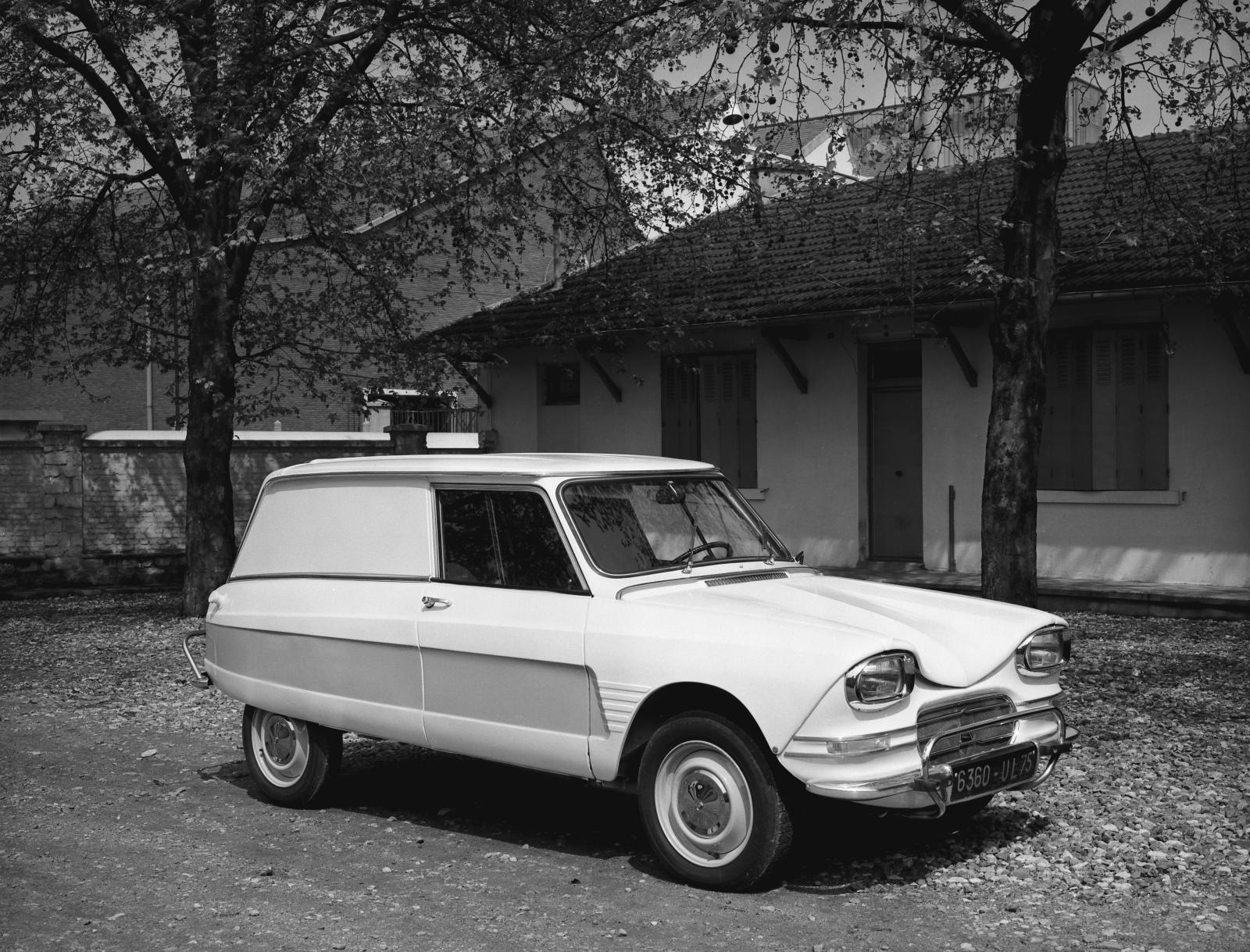 Ami 6 Service Station-wagon (utility version)