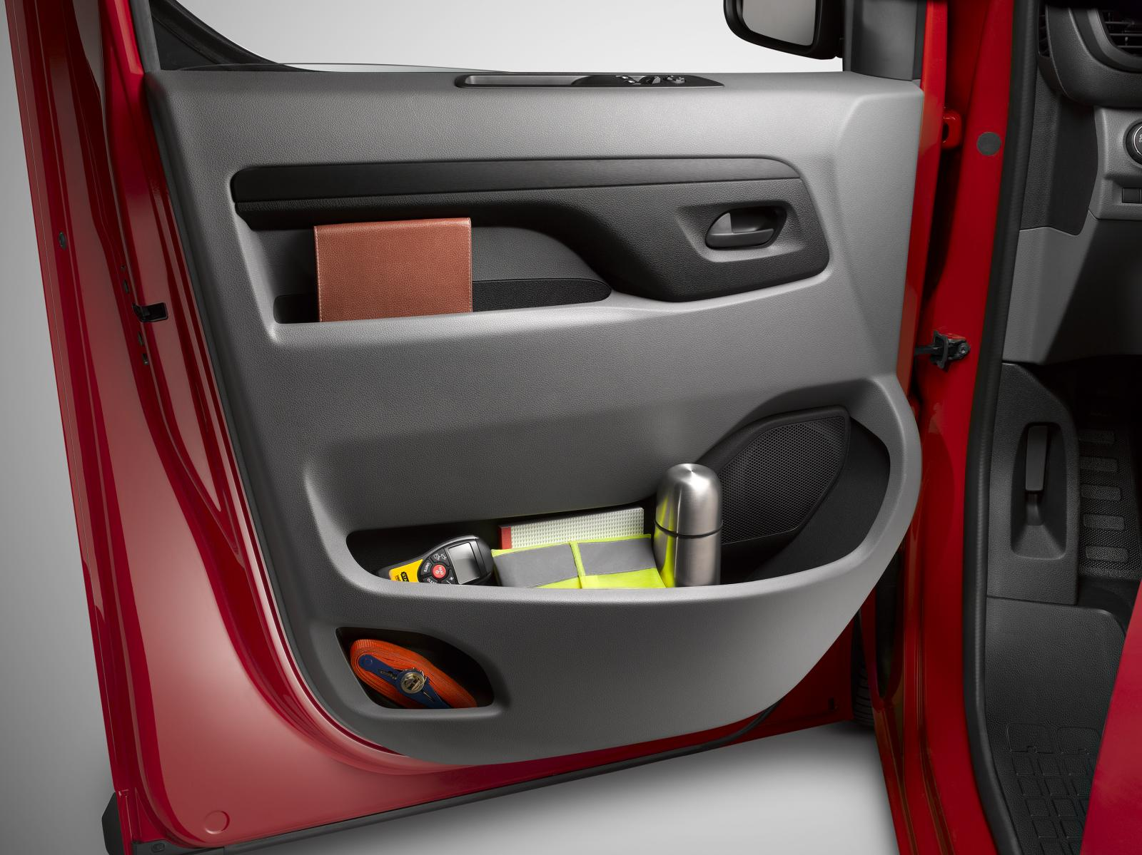 Jumpy 3rd generation 2016 door storage