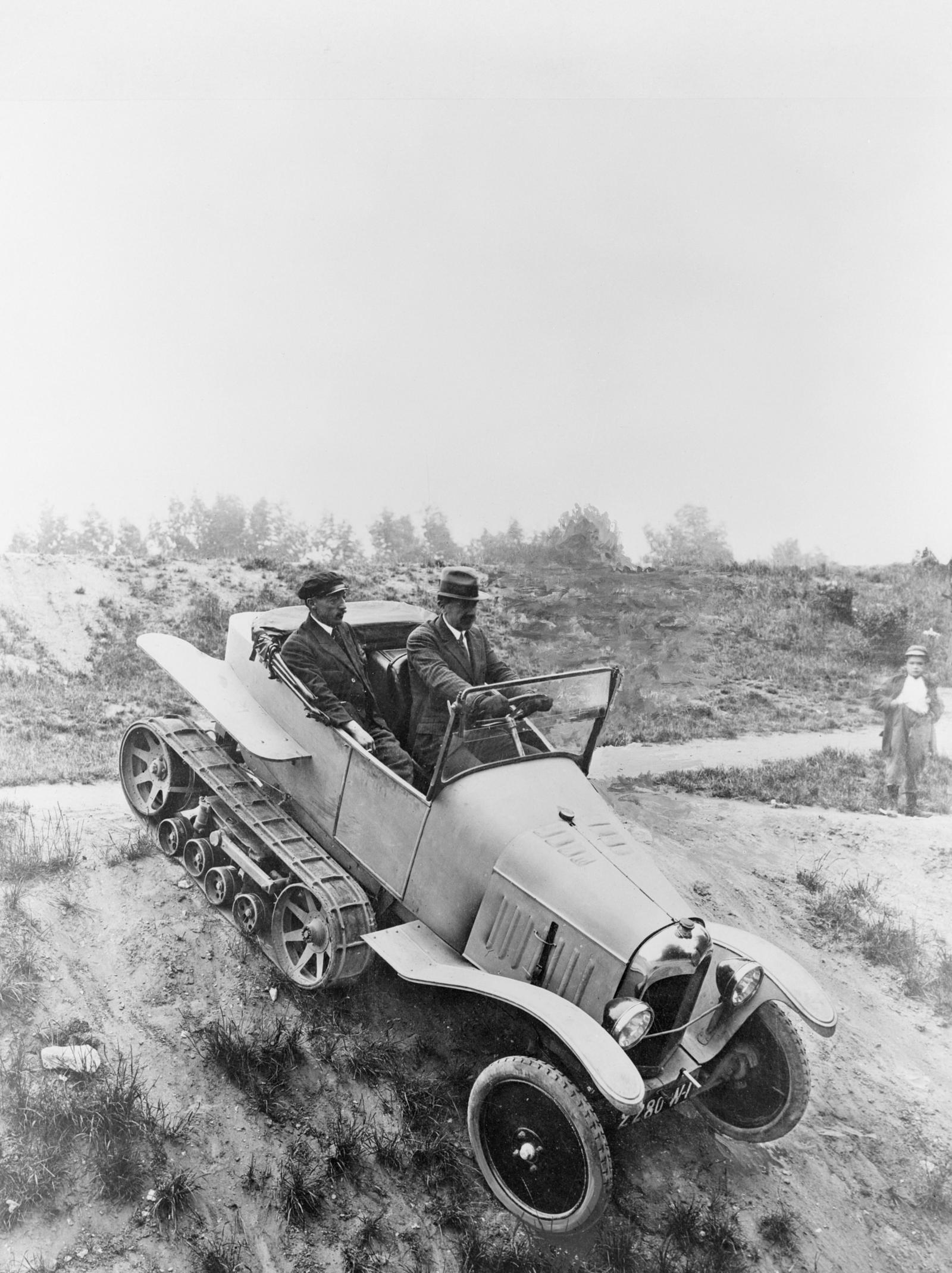 The first Half-Track Citroën, prototype on Type A