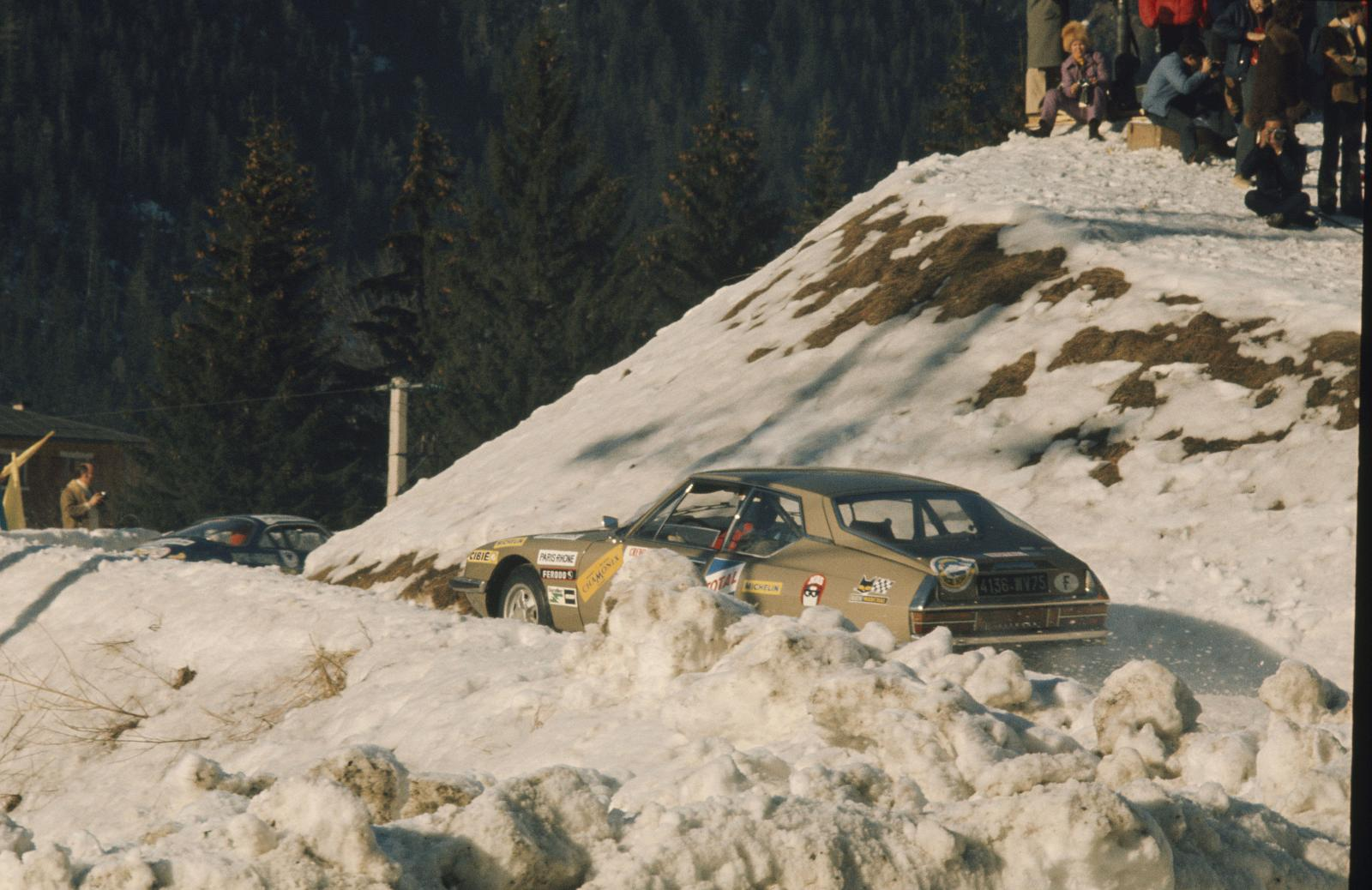 Winter round of Chamonix - SM - 1972 - rear view