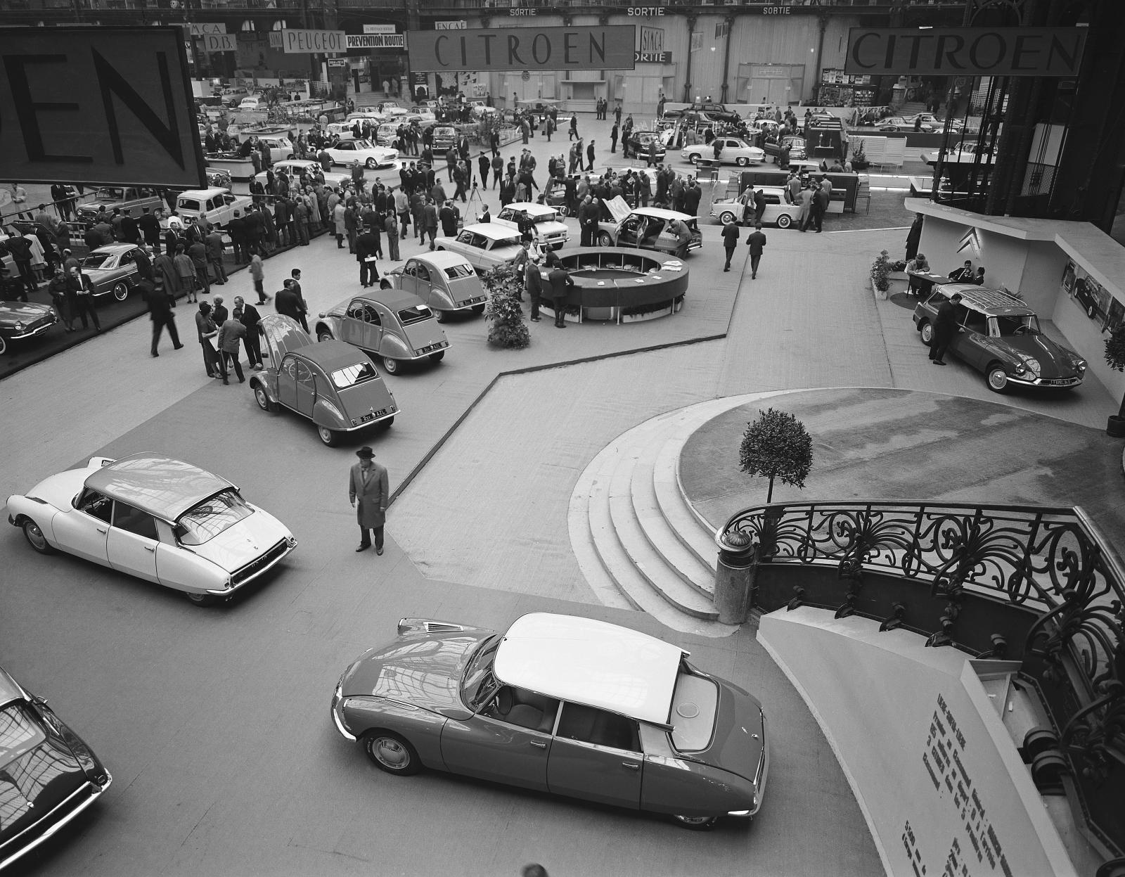 AMI 6 exhibition 1961 Citroën Stand