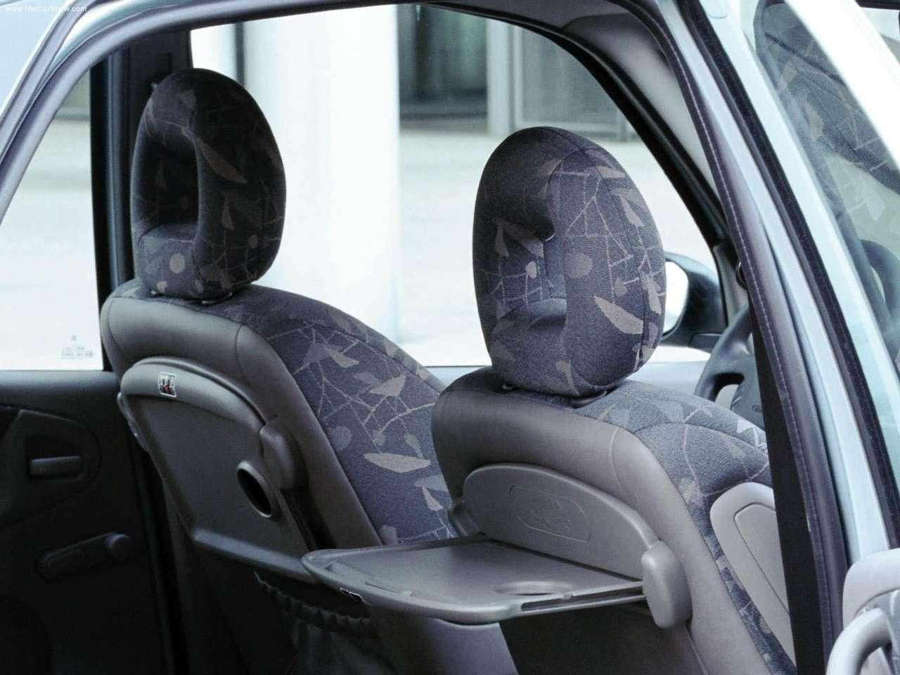 Xsara Picasso 1999 headrests